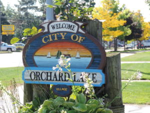 Orchard Lake Blind Cleaning